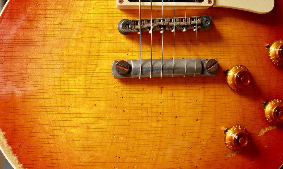 ギターのウェザーチェック