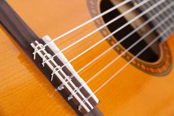 クラシックギター・ブリッジ
